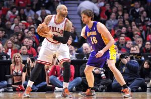 pau-gasol-carlos-boozer-nba-los-angeles-lakers-chicago-bulls-850x560
